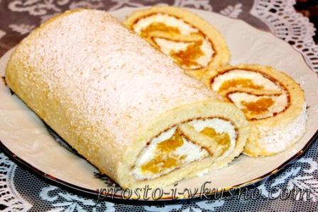 Бисквитный рулет с начинкой из манго и творожного крема