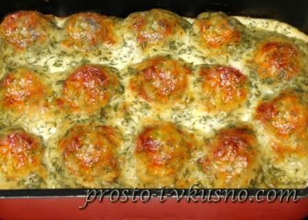 тефтели с подливкой и картошкой в духовке рецепт с фото