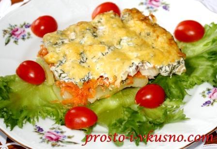 Минтай в духовке с овощами