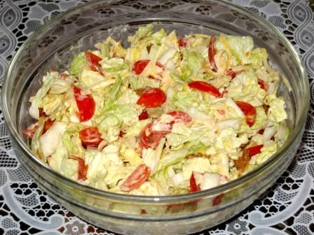 свежий салат с сухариками рецепты с фото