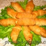 Колбаски в слоеном тесте 01