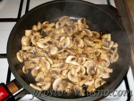 Мясо с грибами и сыром по-французски 08