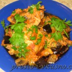 Курица с грибами и овощами в томатном соусе 01