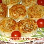 1Рулетики из лаваша с сыром, обжаренные на сковороде