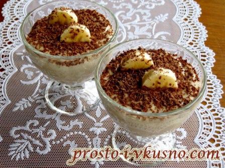 bananovyj-krem-desert