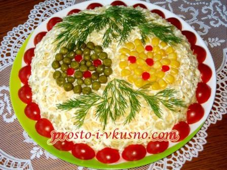 pechenochnyj-salat-sloenyj