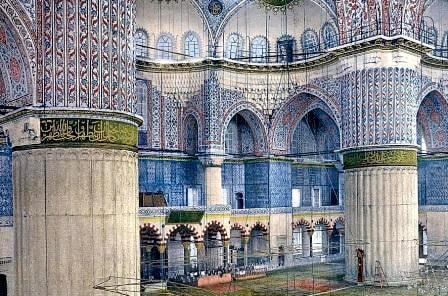 Внутренняя отделка стен и колонн Голубой мечети