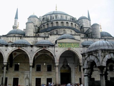 Внешняя облицовка Голубой мечети