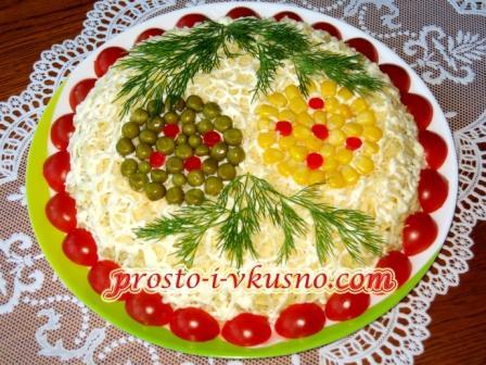 Салат печеночный слоеный