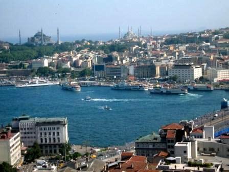 Вид с башни Галата на исторический полуостров