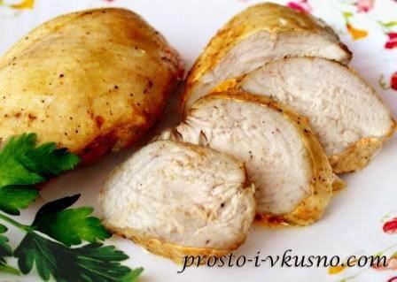 Сочная куриная грудка в духовке